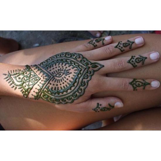 Hennafestés tanfolyam 1. Kezdő hennafestés (1 napos) Tanfolyam